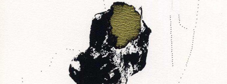 trous-gris-bandeau